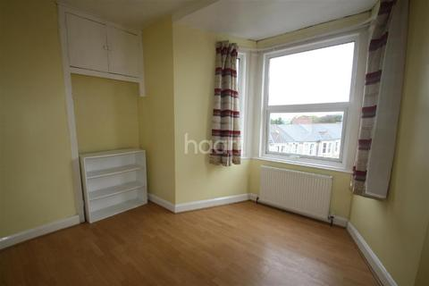 3 bedroom flat for sale - Torrington Court, North Road East, Plymouth