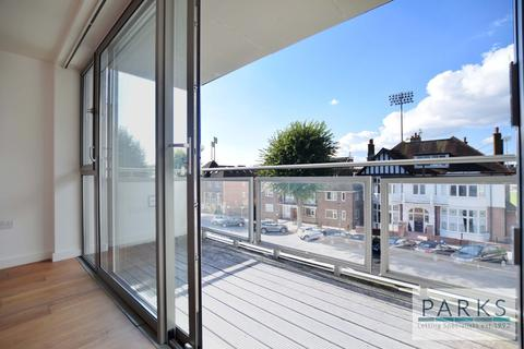 3 bedroom flat to rent - Palmeira Avenue, Hove, BN3