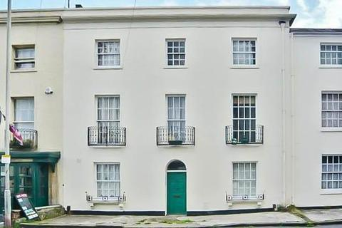 1 bedroom flat to rent - Portland Street, Cheltenham, GL52 2NZ