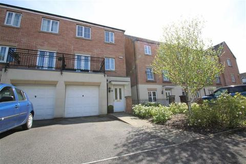 3 bedroom townhouse for sale - Phoenix Way, Cardiff