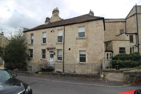 2 bedroom flat share to rent - Upper East Hayes, Bath
