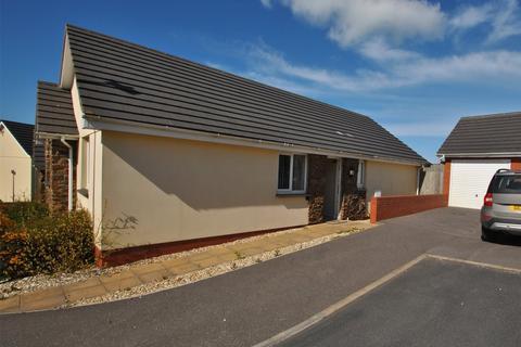 3 bedroom detached bungalow for sale - Meadow View, Hartland