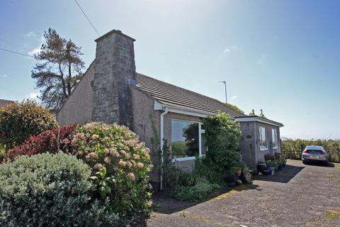 3 bedroom detached bungalow for sale - Gwalchmai, Anglesey, North Wales