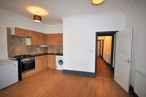 1 bedroom flat to rent - Askew Road, W12