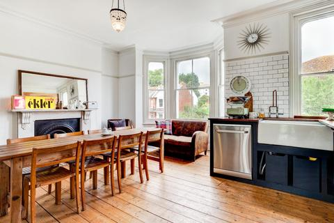 6 bedroom villa to rent - Alexandra Park Hastings