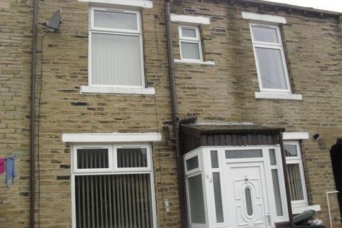 2 bedroom terraced house to rent - Princeville Street,  Bradford, BD7