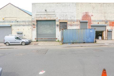 Property to rent - , Rolfe Street, Smethwick, West Midlands, B66
