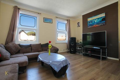 1 bedroom flat for sale - Barking Road, London, E13