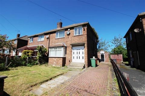 3 bedroom semi-detached house for sale - Chatsworth Road, Pudsey, LS28