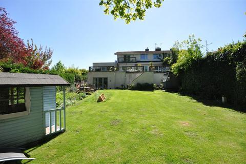 6 bedroom semi-detached house for sale - Poppleton Hall Gardens, Nether Poppleton, York