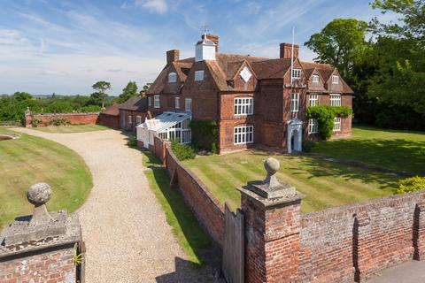 7 bedroom country house for sale - Tunstall , Sittingbourne ME9