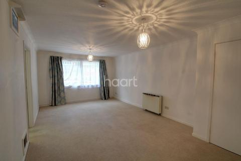 2 bedroom flat for sale - Park Road, Peterborough