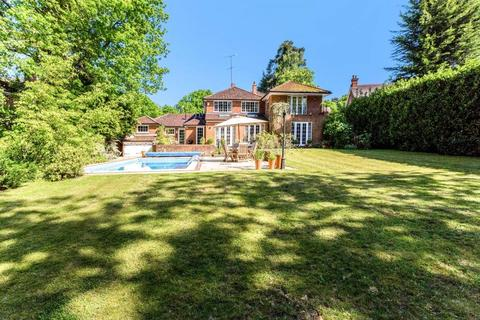 5 bedroom detached house to rent - The Poplars, Ascot, Berkshire