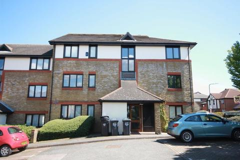 1 bedroom apartment for sale - Louvain Road, Greenhithe