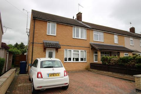 3 bedroom semi-detached house for sale - Malletts Road, Cambridge
