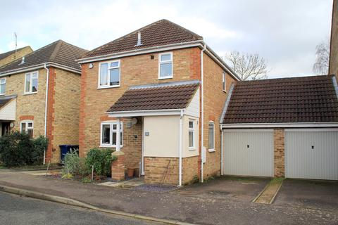 3 bedroom detached house to rent - Brookside, Orwell