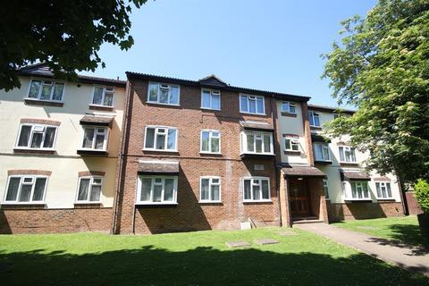 2 bedroom farm house for sale - Chartwell Court, 45 Church Road, Hayes, UB3 2LP
