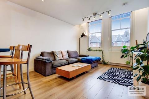 3 bedroom flat to rent - Northwold Road, Clapton E5