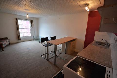 2 bedroom flat to rent - Helston