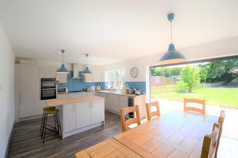 3 bedroom detached bungalow for sale - Firs Road, Tilehurst, Reading