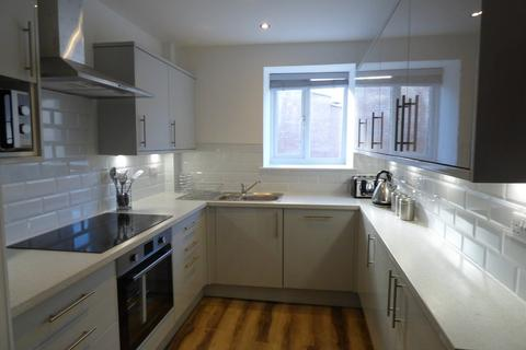 1 bedroom house share to rent - Victoria Road, Swindon