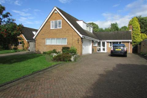 4 bedroom detached house to rent - Oldway Drive, Solihull, B91 3HP