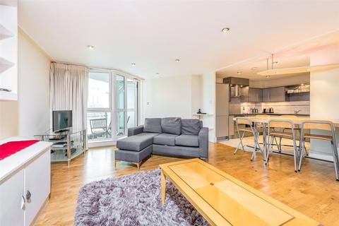 2 bedroom apartment for sale - Bridge House, St George Wharf, Vauxhall, London, SW8