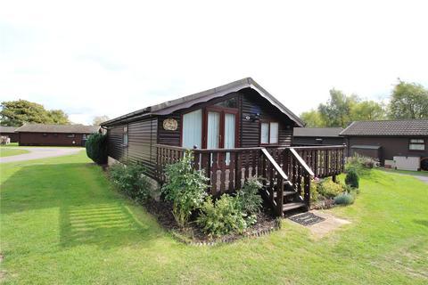 2 bedroom mobile home for sale - Broadway Lane, South Cerney, Cirencester, GL7