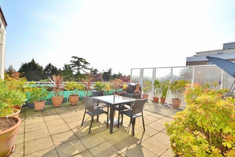 2 bedroom flat for sale - Branksome Park