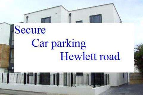 Garage to rent - Underground parking, Cheltenham
