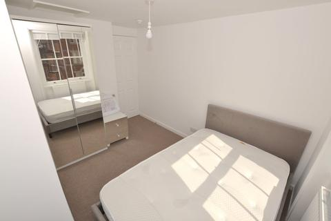 1 bedroom house share to rent - Clarence Street, Cheltenham