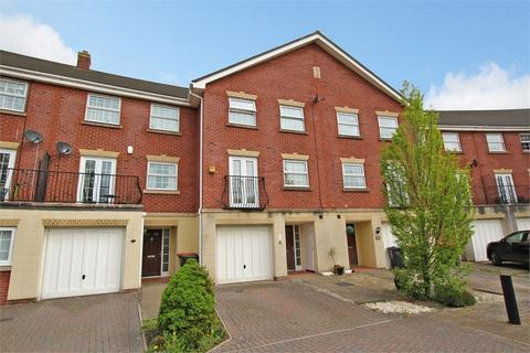 4 bedroom terraced house for sale - Cambrian Crescent, Marshfield, Cardiff