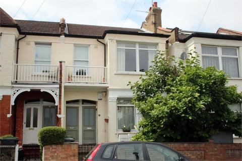3 bedroom flat for sale - Dagmar Road, Alexandra Park, London