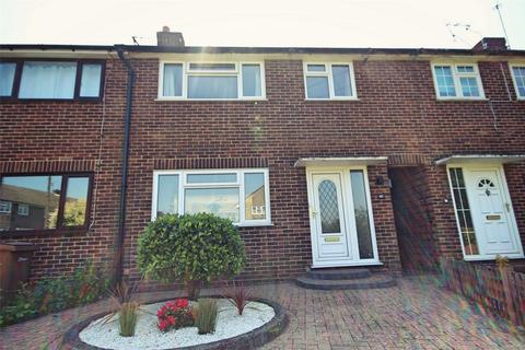 3 bedroom terraced house for sale - Lucas Avenue, CHELMSFORD, Essex
