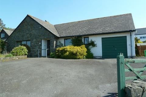 3 bedroom detached bungalow for sale - Tir Treharne, Newport, Pembrokeshire