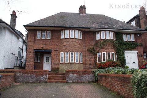 4 bedroom semi-detached house to rent - Hodford Road, Golders Green