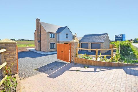 5 bedroom detached house for sale - Brook House Stafford Road Woodseaves