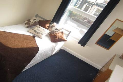 1 bedroom house share to rent - Delph Mount, Woodhouse , Leeds