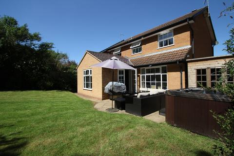 4 bedroom detached house for sale - Polperro Drive, Allesley Green, Coventry