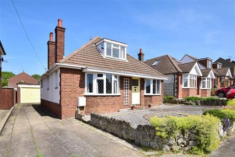 3 bedroom detached bungalow for sale - Seymour Avenue, Whitstable, Kent