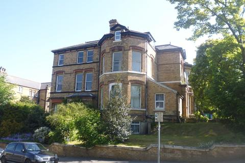 1 bedroom flat to rent - Cromwell Parade, Scarborough, YO11
