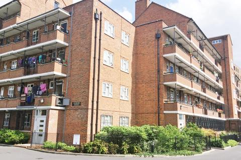 1 bedroom flat for sale - Denbury House, Talwin Street, Bow, London E3
