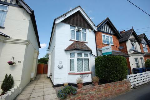 3 bedroom semi-detached house for sale - Farnham, Surrey
