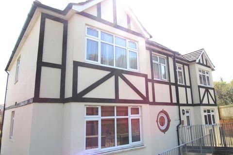 2 bedroom flat to rent - Mile Oak Road, Brighton