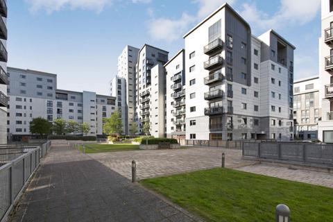 3 bedroom flat for sale - 7/20 Western Harbour Midway, Edinburgh, EH6 6LE