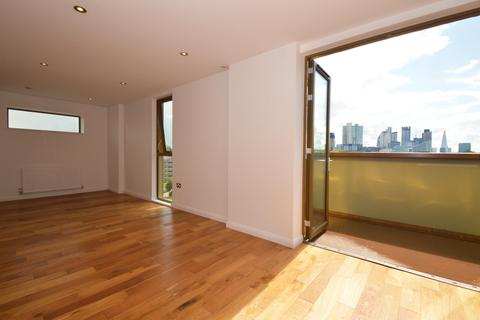 2 bedroom penthouse for sale - Crondall Street, Shoreditch, N1