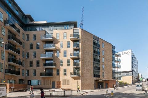2 bedroom flat to rent - Embankment House, Brighton