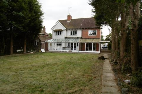 8 bedroom detached house to rent - Cannon Hill Road, Coventry, CV4 7DE