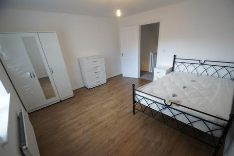 3 bedroom end of terrace house to rent - Signals Drive, Coventry, CV3 1QT