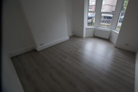 6 bedroom semi-detached house to rent - Ellys Road, Coventry, CV1 4EW